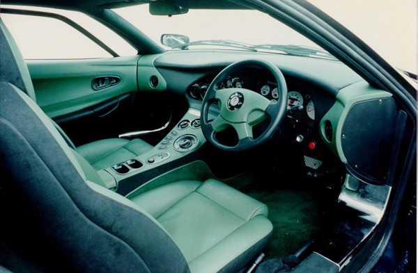 1995_Jaguar_XJ220Pininfarina3