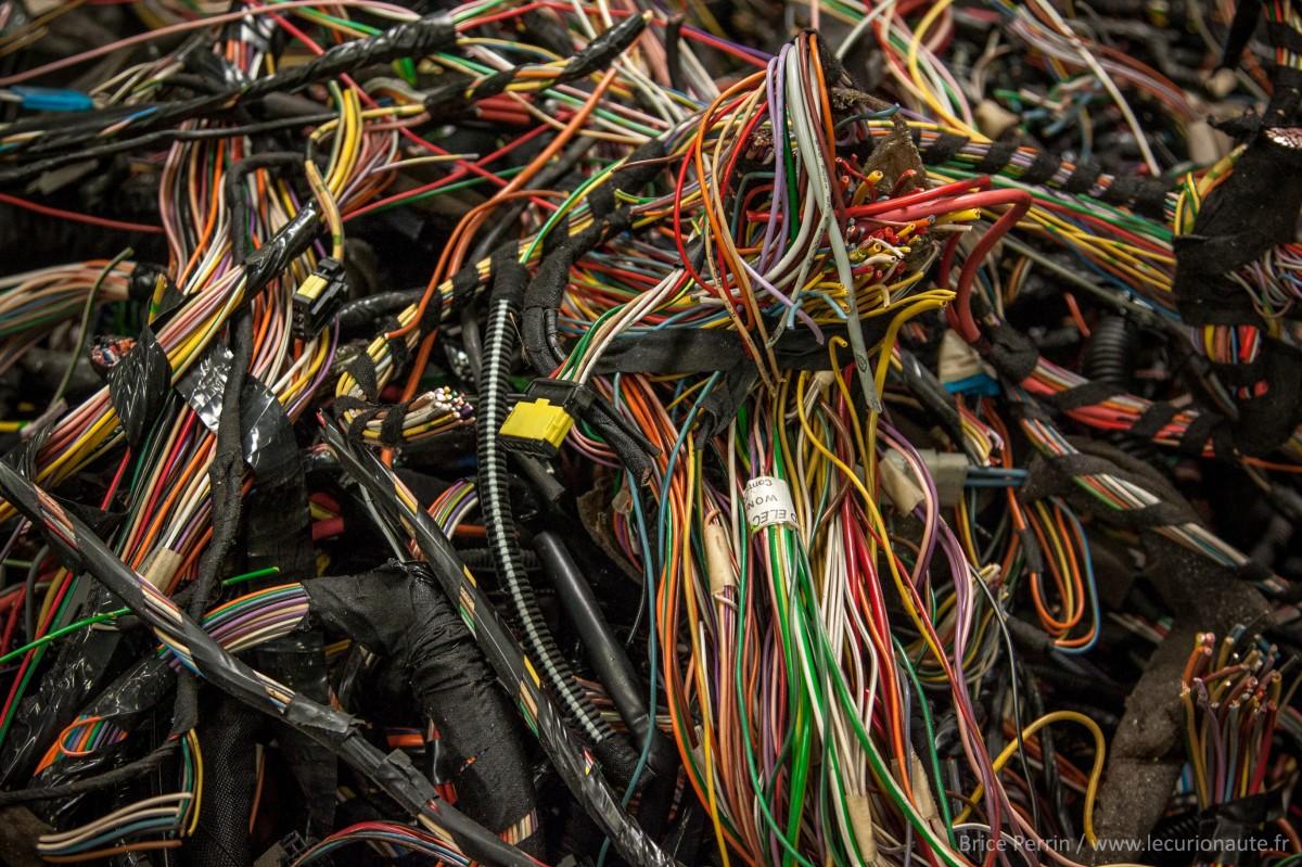 Des faisceaux électriques - Photo Brice Perrin