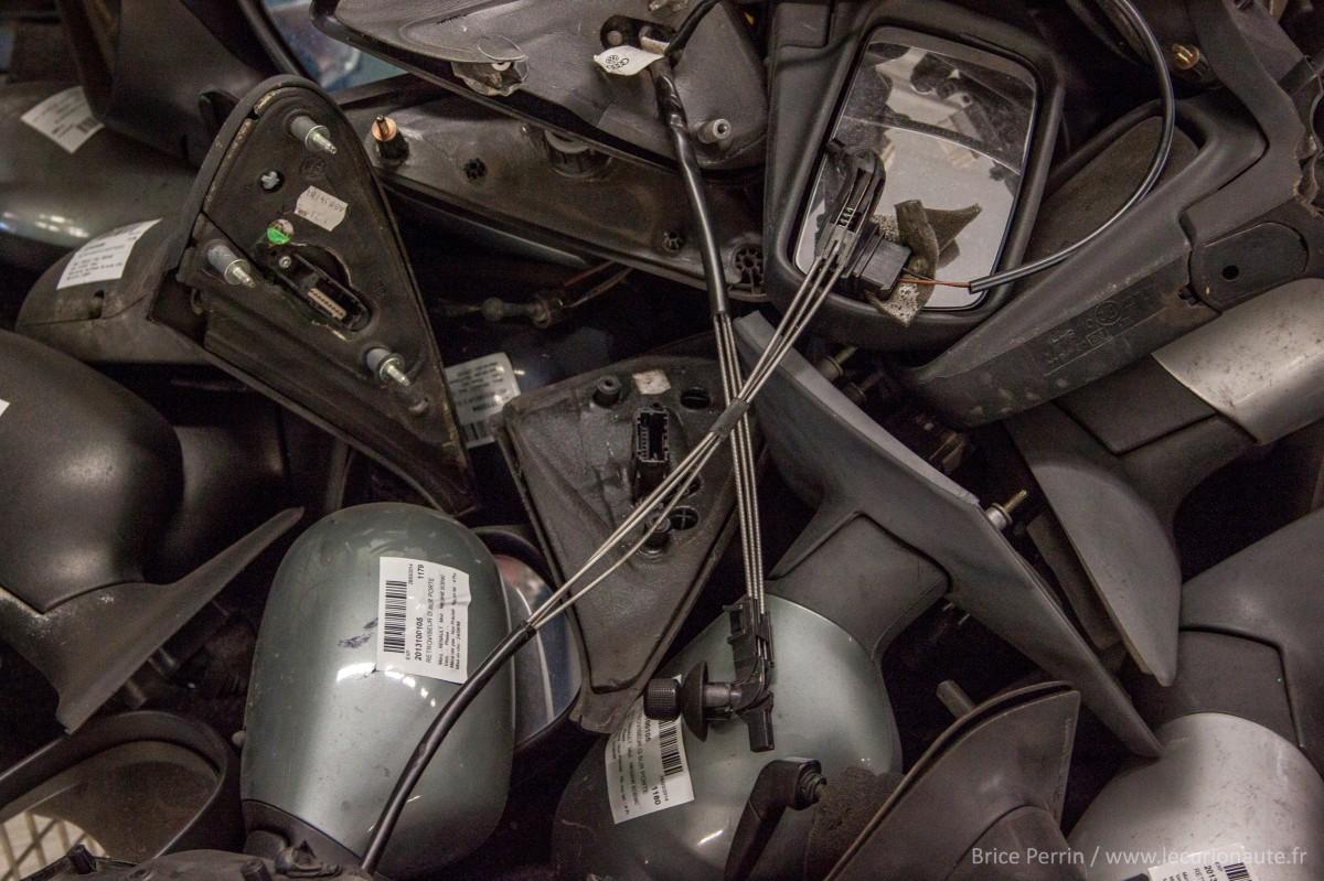 Des rétroviseurs - Photo Brice Perrin