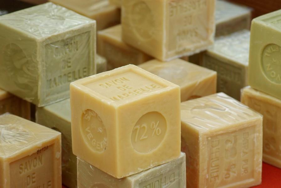 Des cubes de savon de Marseille