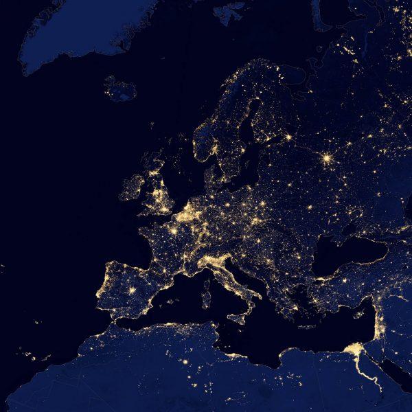 Eclairage - l'Europe vue du ciel la nuit