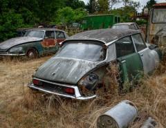 Cimetiere de voitures Citroën DS et ID
